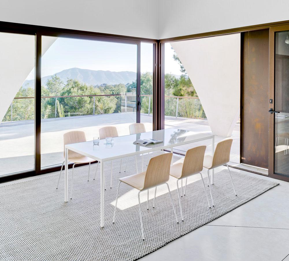 Sala de juntas t cnica de oficina for Outlet mobiliario oficina