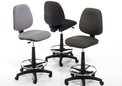 Taburetes_02-inclass-400x284  - Mobiliario de Oficina